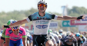 Gran triunfo en Eneco Tour sobre el veloz Maximiliano Richeze