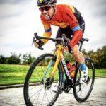 Cavendish sale al cruce de las noticias que lo descartaban para el Tour