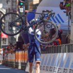 Hermans gana el Giro dell'Appennino, Ayuso deslumbra y Sepúlveda hace top 10
