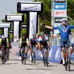 Al foto-finish Viviani consigue el doblete; Fortunato, campeón de la Adriatica Ionica 2021