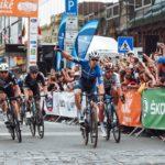 Álvaro Hodeg bate a Sagan en su casa y lidera el Tour de Eslovaquia